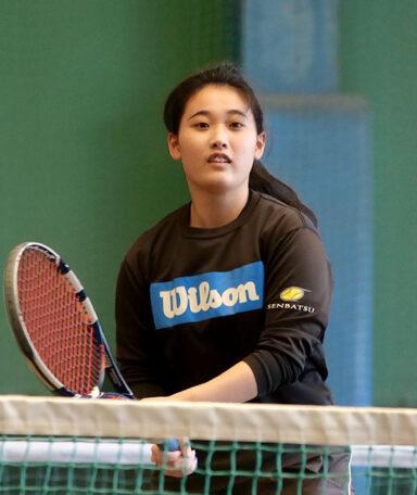 クラージュテニス 上野 百華